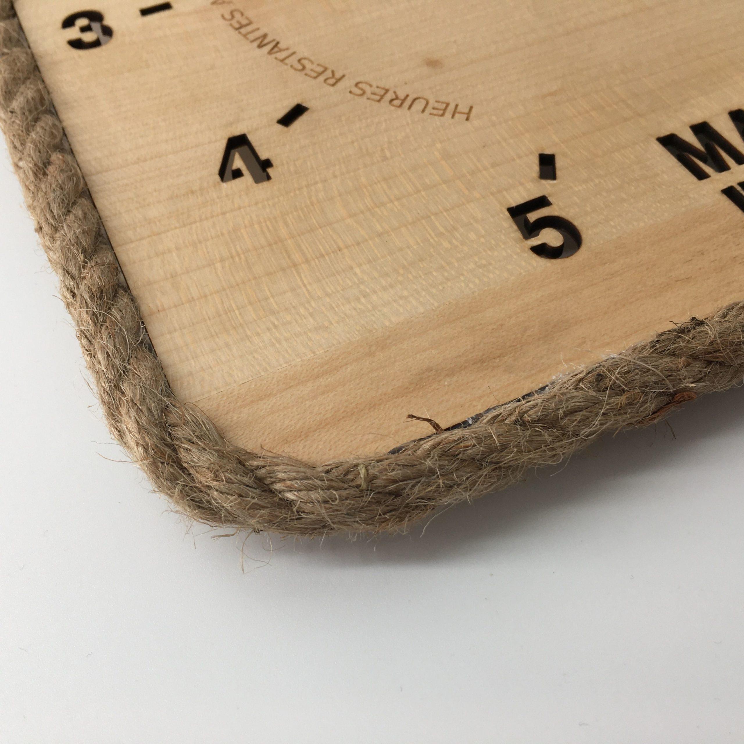 Horloge des marées Tide-Tac - gravée carrée
